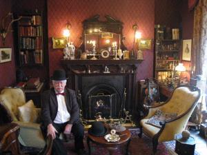 Sherlock+Holmes+Museam_convert_20101030032050